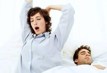 10 consigli per dormire bene e rigenerare la pelle