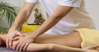 Allevia i dolori velocemente con il massaggio ayurvedico
