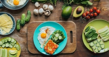 4 fatti incredibili della dieta chetogenica sulle proprietà per dimagrire e le prove scientifiche dei benefici per la salute
