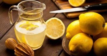 Detox acqua e limone: le ricette di Simona Vignali per prenderci cura di noi stessi