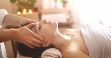 I fantastici benefici del massaggio ayurvedico Ayurevedic Touch