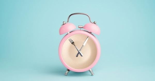 Il digiuno intermittente è il trucco per dimagrire velocemente in modo sano secondo gli esperti di Harvard