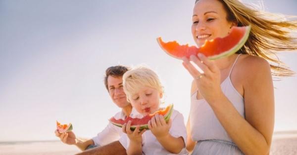 Cosa mangiare in estate? I consigli degli esperti di Nutrizione