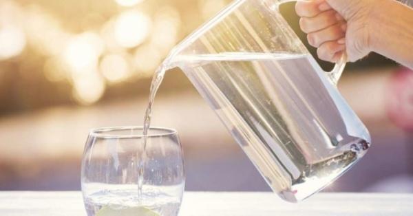 L'acqua è fondamentale per la vita e non solo: ecco tutti i modi in cui l'acqua ti fa bene