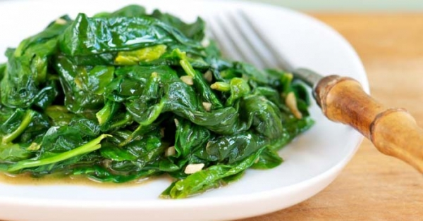 Magici spinaci, una verdura apprezzata da sempre per le sue proprietà