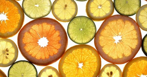 Un nuovo studio rivela che, bombe di vitamina C potrebbero potenziare le cure contro il cancro