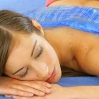 Dolore, mal di schiena e cervicale: meglio caldo o freddo?