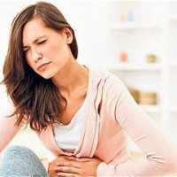 Mal di stomaco: cos'è, cause, sintomi, rimedi naturali