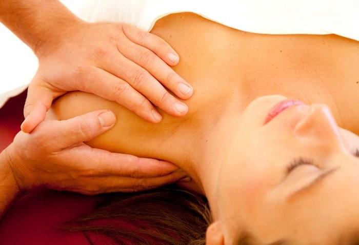 Osteopatia a Milano: come funziona il trattamento osteopatico