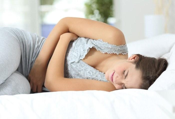 PMS: i rimedi naturali per la sindrome premestruale e i sintomi del ciclo