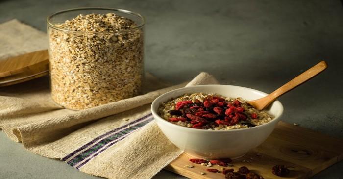 Vuoi dimagrire mangiando a Milano? Adorerai questo porridge proteico